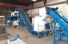 时产2吨铜铝水箱破碎分选机生产线顺利投产
